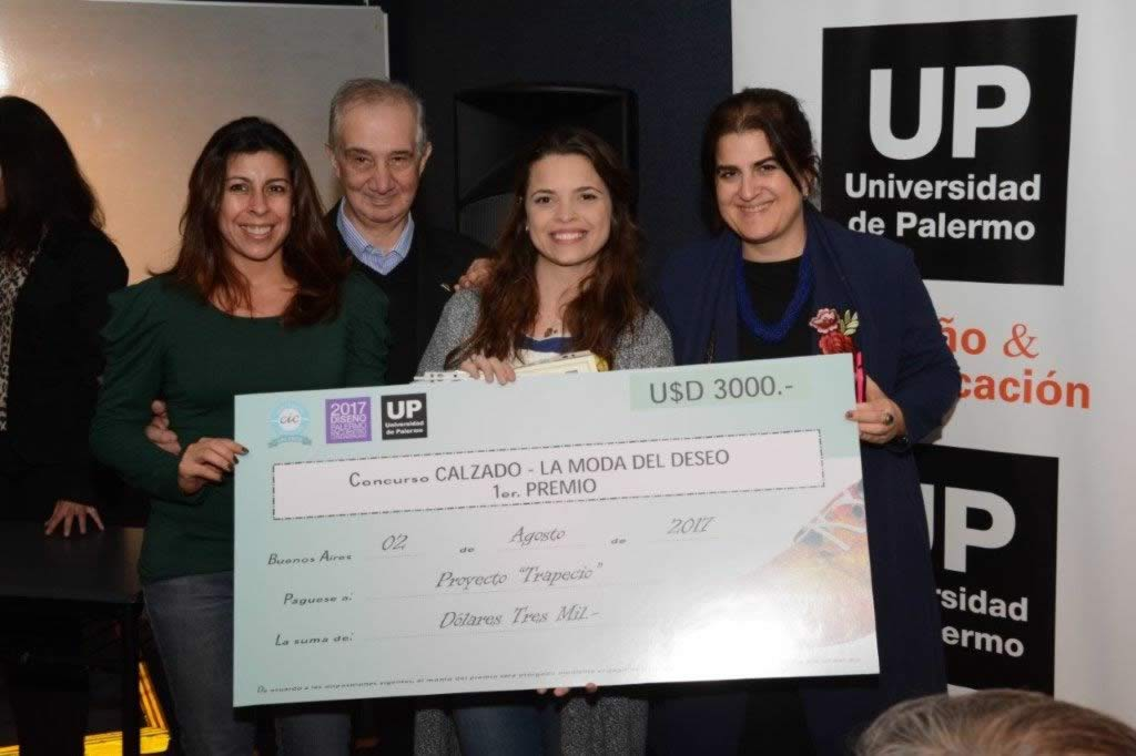 Laura Ramírez (RH Positivo), Sergio Panossian, Vicepresidente 1° de CIC, Johana Amor (Ganadora del 1er. Premio), y Laura Barabas (Gerente de CIC)